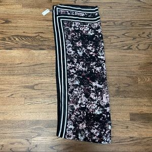 NWT Large scarf from the Limited